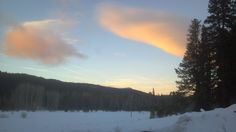 Beautiful winter sunsets at Crystalwood Lodge. Year-round pet friendly Lodge and vacation rental just south of Crater Lake National Park. The Lodge overlooks the Upper Klamath National Wildlife Refuge and the Fremont-Winema National Forest.