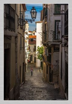 Spain And Portugal, Portugal Travel, World Cities, Famous Places, City Streets, Travel Inspiration, Travel Destinations, Places To Visit, Countries