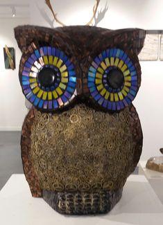 Morepork (NZ Owl) Arts And Crafts Storage, Craft Storage, Creative Crafts, Easy Crafts, Bathroom Crafts, Art And Craft Design, Do It Yourself Crafts, Color Crafts, Birthday Crafts