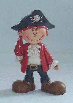 Cute pirate kid!  porcelana fria polymer clay