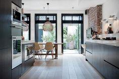 More kitchen design Küchen Design, House Design, Classic Kitchen, Sweet Home, Floor Layout, Kitchen Dinning, Dining, Interior Decorating, Interior Design