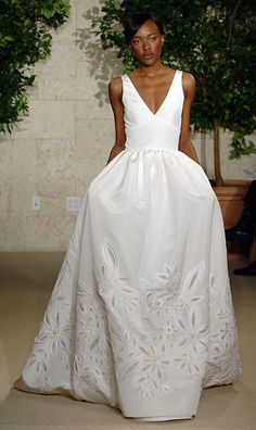 Oscar de la Renta wedding dresses - Photo 2 | Celebrity news in hellomagazine.com