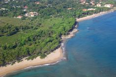 Large beachfront lot in Cabarete Listing #: l-12178 LG City: Cabarete Price: U$7,448,880 Lot Size (sq Feet): 333681.22 / sq Meters: 31000 Lot Size (acres): 7.66          A fabulous 7.66 acres of beach front land is being offered for sale.  This desirable land is perfect to build an ocean front apartment complex or a luxury villa complex. The land is dense with almond trees, palm trees and tropical vegetation that make the land cool and private. The land is flat and just waiting for that…