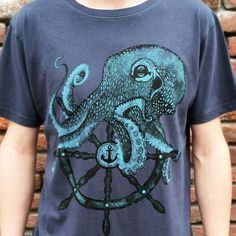 T- shirt for men with octopus - ship wheel sailor style print. Vintage denim…