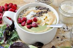 Easy Green Smoothie Bowl, Vegan + Gluten-Free - The Colorful Kitchen Green Smoothie Kale, Vegan Smoothies, Green Smoothie Recipes, Breakfast Smoothies, Smoothie Bowl, Breakfast Bowls, Vegan Breakfast, Breakfast Ideas, Breakfast Recipes
