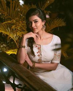 Anju Kurian is an Indian film actress who appears mainly in Malayalam films. Kavi Uddheshichathu and the 2018 film Njan Prakashan. . Follow us at instagram @reelpettiofficial www.reelpetti.com . #priyankamohan #reelpetti #reels #reelpetty #reelsinstagram #actressgallery #actress #tamilactress #kollywoodactress #tamilcinema #cinemagallery #cinewoods #tollywood #mollywood #behindwoods #டோலிவுட் #கோலிவுட் #ரெஜினா #சினிமா #சினிமாசெய்திகள் #தமிழ் சினிமா #தமிழ்ஆக்டர்ஸ் #தமிழ்நடிகைகள் Cute Beauty, Beauty Full Girl, Beauty Women, Real Beauty, Beautiful Girl Indian, Beautiful Indian Actress, Beautiful Saree, Gorgeous Women, Girl Pictures