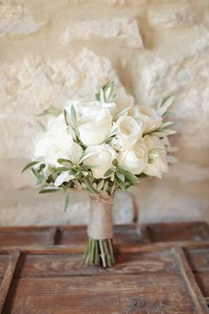 Tuscany wedding among the olive trees Small Wedding Bouquets, Bride Bouquets, Bridal Flowers, Flower Bouquet Wedding, Gardenia Wedding, White Flowers Bouquet, White Wedding Flower Arrangements, Gardenia Bouquet, Wedding Bridesmaid Flowers