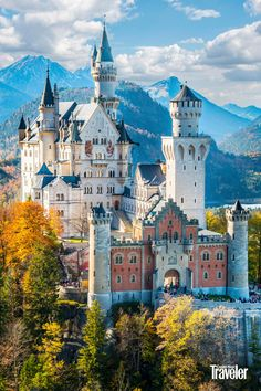 Green Mountain, Mountain Range, Sun Moon Lake, Korat, Allah Wallpaper, Sky Sea, Travel Things, Cool Countries, Adventure Awaits