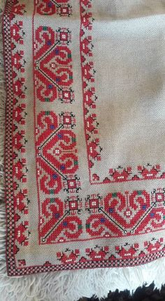 Folk Embroidery, Ribbon Embroidery, Cross Stitch Embroidery, Cross Stitch Patterns, Baroque, Needlework, Bohemian Rug, Projects To Try, Knitting