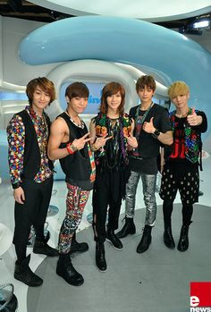 SHINee in 2010. Their concepts are often really bright and colorful. In fact they are great at peacocking Lol, cause I'm mesmerized by this display. Seriously I love their creative stylists.   Thank you to all Shawols who post the best SHINee pics/meme's and gifs it was you who made this band look interesting enough to check out.