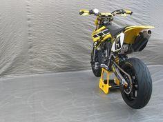 Racing Cafè: Yamaha YZ 450 F 2007 by Swatdoc