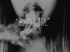 girl, smoke, and bad afbeelding