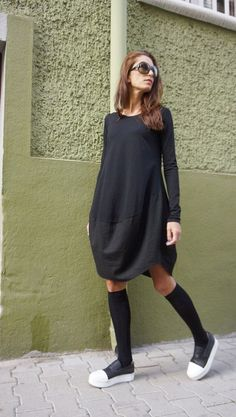 New COLLECTION Oversized Black Loose Casual Top / Linen by Aakasha