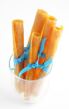 Healthy alternative to fruit rollups. And pretty simple to make too.