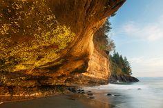 China Beach Overhang, Jordon River, Vancouver Island, British Columbia, Canada