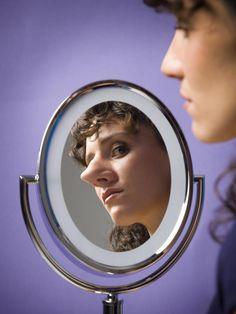 How to Make a Big Nose Look Smaller (No Surgery Required!): How to make a big nose appear smaller.