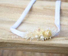 Z serii Dla Malucha  #fotografianoworodkowa #sesjafotograficzna  #nbphotoprops #newbornphotography #newbornbaby #newbornphotoshoot… Baby Flower Crown, Little Babies, Beautiful Flowers, Bridesmaid, Maid Of Honour, Bridesmaids, Dama De Honor