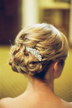 beautiful up do with silver clip.
