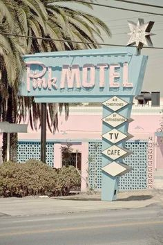 location for the March Design of the Month photoshoot and video Beach Aesthetic, Aesthetic Vintage, Pink Aesthetic, Photo Wall Collage, Picture Wall, Bleu Pastel, Estilo Retro, Googie, Pink Walls