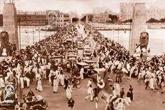 صورة نادره ورائعة لحظة افتتاح كوبرى قصر النيل الجديد عام 1933 ويظهر فى الصورة الملك فؤاد.. Rare Image During The Opening Of The New Qasr Al-Nil Bridge -Cairo in 1933 #Egypt #Egyptian #oldegypt #qasralnil #qasrelnil #qasrelnilbridge #Cairo #oldcairo #oldbridge #bridge #king_Fouad #old #oldpic #oldisgold #vintage #vintageEgypt #myegypt #thisiegypt #Misr #مصر #مصريين #مصرزمان #كوبرى_قصر_النيل #الملك_فؤاد #القاهرة #النيل #Nile #ابيض_واسود#ارجع_معانا_للماضي_الجميل