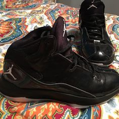 air Jordan's (women's) these shoes have been worn slightly. but still look GREAT and are in very good condition. have never been worn outside at all. they're a size 7-7.5 in woman's. willing to trade air jordans Shoes Athletic Shoes