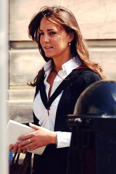6.23.2005: Graduation Day For William And Kate