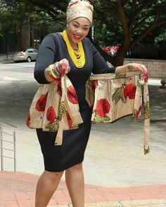 bow Africa fashion styles 2018 elegant and chic - Reny styles African Fashion Designers, African Fashion Ankara, Ghanaian Fashion, Latest African Fashion Dresses, African Dresses For Women, African Print Dresses, African Print Fashion, Africa Fashion, African Attire