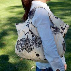 Flowie - Dumpling bag, garden love 100% linen Lining: 45% cotton 55% linen   Price: $ 66.00