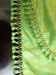 Saree Kuchu New Designs, Saree Jacket Designs, Blouse Designs High Neck, Saree Tassels Designs, Patch Work Blouse Designs, Kids Blouse Designs, Hand Work Blouse Design, Silk Saree Blouse Designs, Bridal Blouse Designs