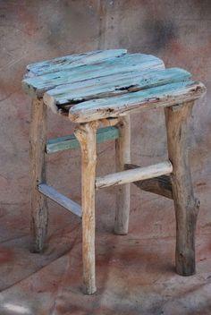 umla:  (via Drift wood table | DRIFTWOOD)
