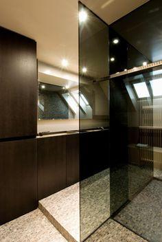 Apartment designed ba Frederic Kielemoes Architect