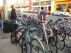 #Bicycle-friendly shopping districts in #LongBeach, #California seek to prove that bikes are good for business.