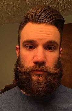 Pussy overskæg