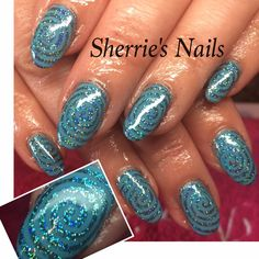 Sherries has created this stunning #nails using #Lecenté #turquoise #holographic #glitter  #lovelecente #turquoiseglitter #glitternails #lecenteglitter #nailart #nailstoinspire