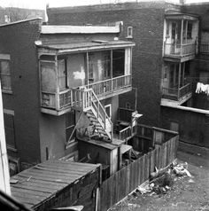 Expropriation rues Saint-Martin et Saint-Antoine, Quebec Montreal, Old Montreal, Montreal Ville, Porte Cochere, Montreal Architecture, Canada, Photos Du, Model Trains, Art Images