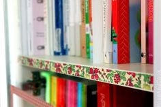 Organization ~~~~~ on magazines or thin books place washi tape to make your bookcase prettier!