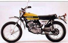 Moto suzuki ts Honda Scrambler, Enduro Motorcycle, Motorcycle Camping, Moto Bike, Solo Camping, Camping Gear, New Motorcycles, Vintage Motorcycles, Old Bikes