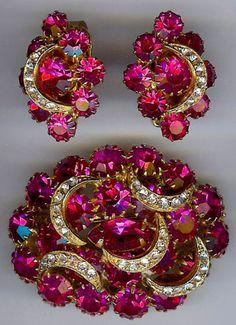 Hobe Vintage Dimensional Hot Pink Rhinestone Crescent Moon Pin Earrings Set | eBay