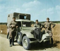 Polish Army PZinz now in the custody of Hungarian troops that confiscated it from fleeing Polish troops in September 1939 Car Polish, Defence Force, Folk Fashion, German Army, Panzer, Troops, Soldiers, Fiat, Motor Car