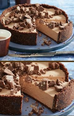 Easy No Bake Toblerone Cheesecake Ready In 30 Minutes This easy no bake Toblerone Cheesecake is a winner on every level. One look is all you need and the great news, it's ready in 30 short minutes. Toblerone Cheesecake Recipe, Toblerone Cake, Chocolate Cheesecake Recipes, Keto Cheesecake, Thermomix Cheesecake, Homemade Cheesecake, Classic Cheesecake, Keto Desserts, Just Desserts