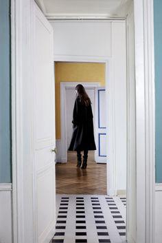 Christophe Lemaire RTW A/W 2012/13. Look 7 - Maria Kashleva.