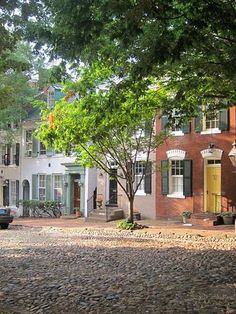 Old Town Alexandria, Virginia...note the original cobblestone road!