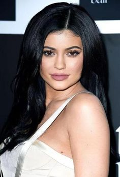 Kylie Jenner Height, Weight, Net worth, Bio, Body Measurements 2016