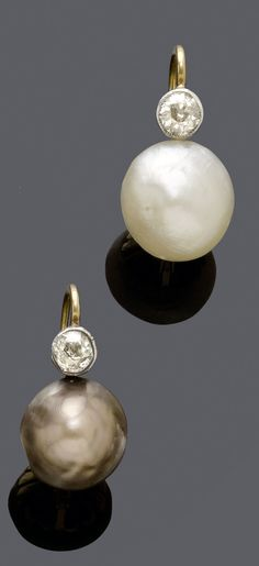 A PAIR OF ANTIQUE NATURAL PEARL AND DIAMOND EARRINGS, CIRCA 1910.
