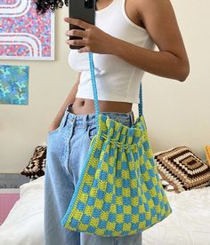 Diy Crochet Projects, Crochet Crafts, Knit Crochet, Crochet Designs, Crochet Patterns, Purse Patterns, Crochet Clothes, Diy Clothes, Knitting Basics