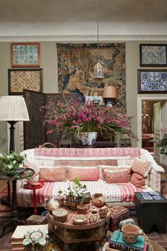 Umberto's sitting rooms in Tangier, treasures on display include Moroccan tiles, a Flemish tapestry and a Turkish kilim. Design Studio, House Design, Design Homes, Wim Hof, Maximalist Interior, Tangier, Marrakech, Moroccan Tiles, Moroccan Lanterns
