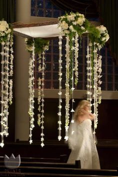 Floating  - Petals Floral and Party Design. Pretty, pretty!!