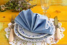 Фото Как сложить салфетку в виде веера