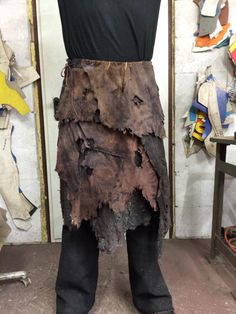 Game Costumes, Halloween Costumes, Pirate Costumes, Beltaine, Conquest Of Mythodea, Jennifer Aniston, Larp Armor, Post Apocalyptic Fashion, Leather Armor
