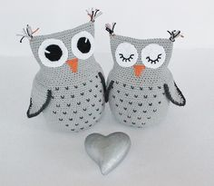crochet owl pattern. They are so cute!